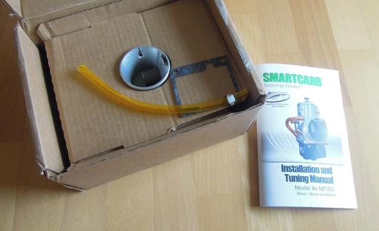 Gut verpackt der APT Smardcarb, inkl. Handbuch (engl.)