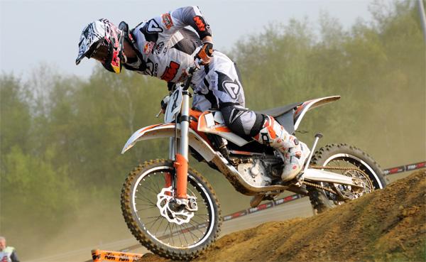 Stefan Everts gewinnt das erste E-Bike MX.