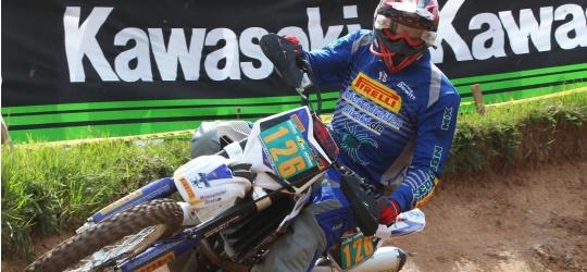 Der Franke Hartwig Dewitz (Sport 3) fährt auch 20104 wieder im Team des Online-Reifenshops MotorradreifenDirekt.de.