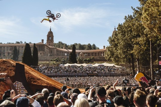 Red-Bull-X-Fighters_Dany-Torres (c) Tyrone-Bradley_Red-Bull-Content-Pool