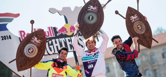 Red_Bull_X-Fighters_Siegerehrung(c)Jörg_Mitter_Red_Bull_Content_Pool