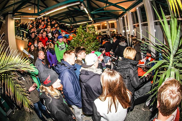 Riesen Andrang zum Debüt der MAXXIS FIM SuperEnduro WM in der SachsenArena in Riesa
