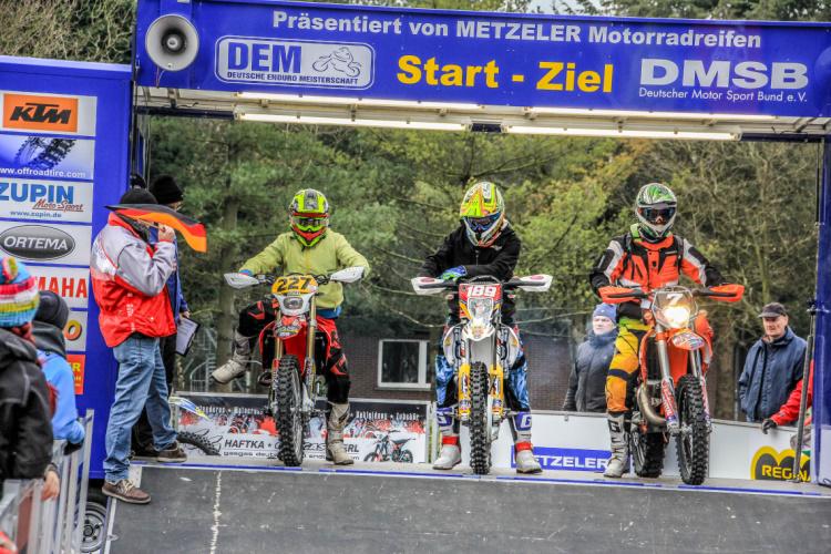 Der Auftakt in die Saison 2015 fand traditionell in Uelsen statt