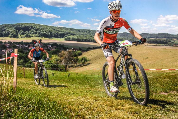 Getrennte Strecken der Biker und Motorradfahrer