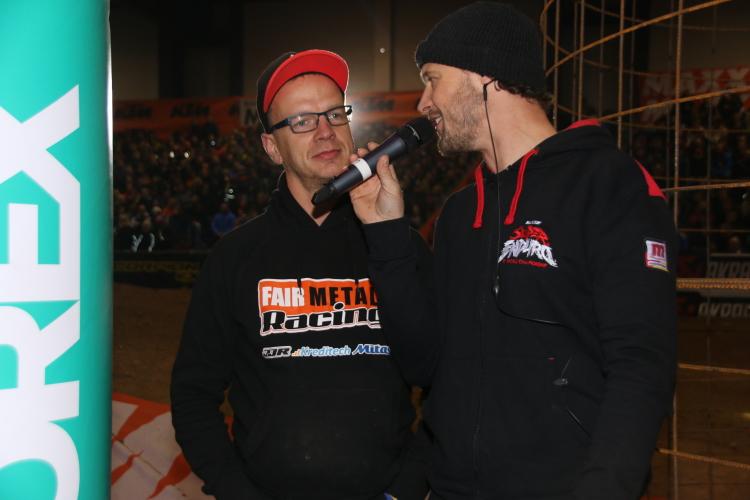 Streckensprecher Busty Wolter im Gespräch mit Holger Dettmann ( links )